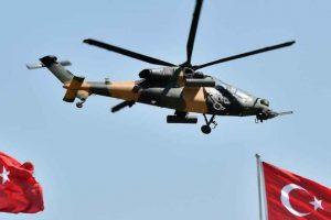 مقتل 7 أشخاص و إصابة آخرين في سقوط لمروحية عسكرية تركية