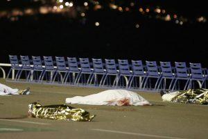 بعد حادثة اعتداء الدعس الإرهابي : فرنسا تعلن الحداد عن ضحايا نيس