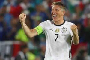 إعتزال قائد المنتخب الألماني لكرة القدم اللعب دوليا