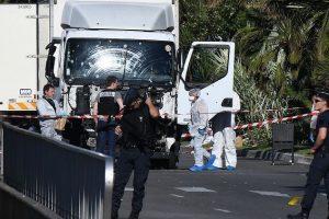 الكشف عن هوية منفذ هجوم نيس الفرنسية الشنيع