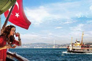 تراجع السياحة في تركيا يهدد بضربات اقتصادية كبيرة لها