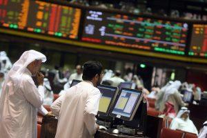 دول الخليج تبيع السندات لملء الثغرات الضريبية