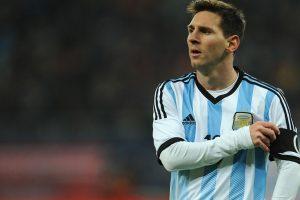 ليونيل ميسي يقرر العودة إلى اللعب الدولي مع الأرجنتين