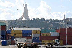 العجز التجاري الجزائري يرتفع بنسبة 26.5٪