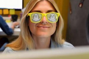 تطبيق سناب شات يطلق نظارات جديدة