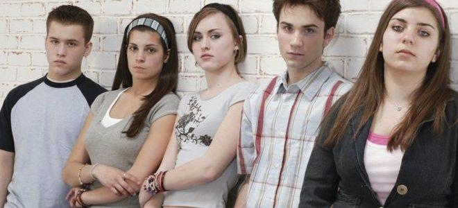 التوتر يأثر بشكل مختلف على أدمغة الفتيات والفتيان