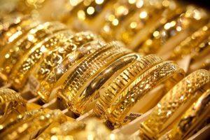 أسعار الذهب اليوم في السعودية : تعرف على أسعار مختلف العيارات محدثة 24/12 وسعر أوقية الذهب تصل إلى4,252 ريال سعودي