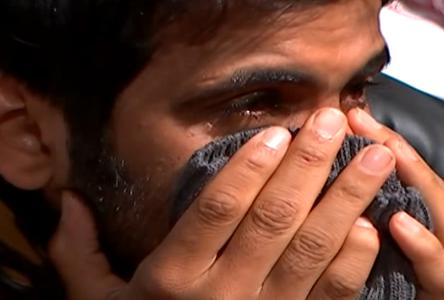 بالفيديو : مؤثر للغاية … شاهد كيفية خروج فارس البشري من برنامج زد رصيدك وسط دموع كل الحاضرين في البرنامج