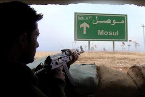 أخبار العراق اليوم : الجيش العراقي يتقدم نحو الضفة الشرقية لنهر دجلة وتنظيم الدولة يوجهسيارته الملغومة بطائرات مسيرة .. معركة الموصل