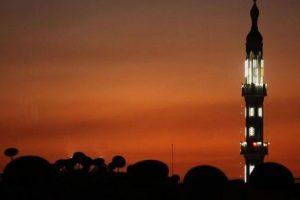 أذان المغرب اليوم في السعودية مع مواقيت الصلاة ، تعرف على موعد أذان الفجر وامساكية رمضان 2017