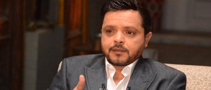 عودة محمد هنيدي بمسرحية 3 أيام في الساحل الخميس المُقبل