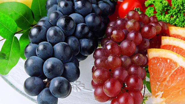 فوائد العنب الصحية