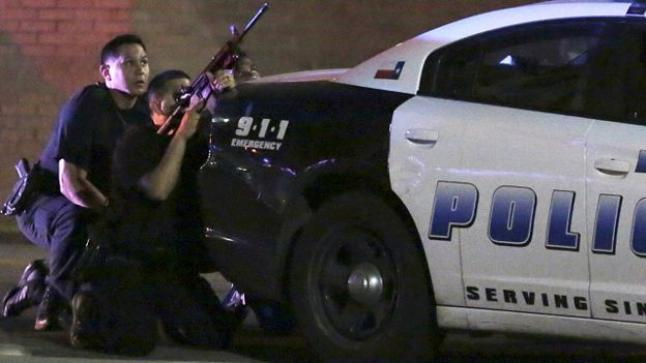 إطلاق النار على 5 شرطيين أمريكيين بدالاس و إصابة 6 آخرين